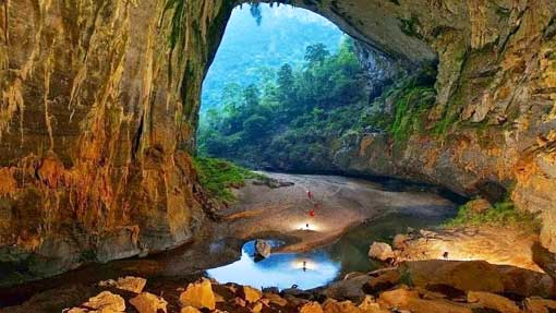 The World's Biggest Cave will be opened to tourists on early 2015 in Quang Binh, Vietnam